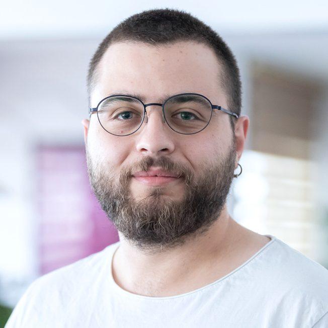 https://hacknbreak.com/wp-content/uploads/2019/06/alpcan-aydin2-e1561650900165.jpg